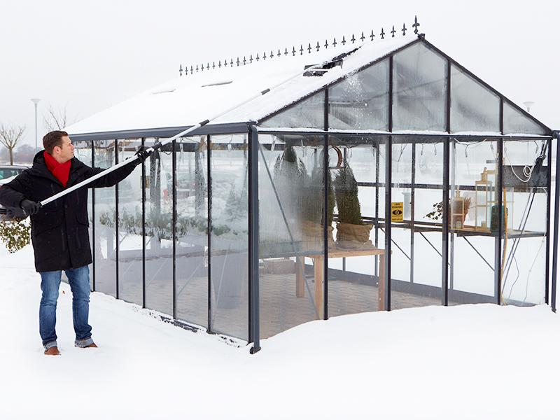 Kan drivhuset klare vægten af sneen?